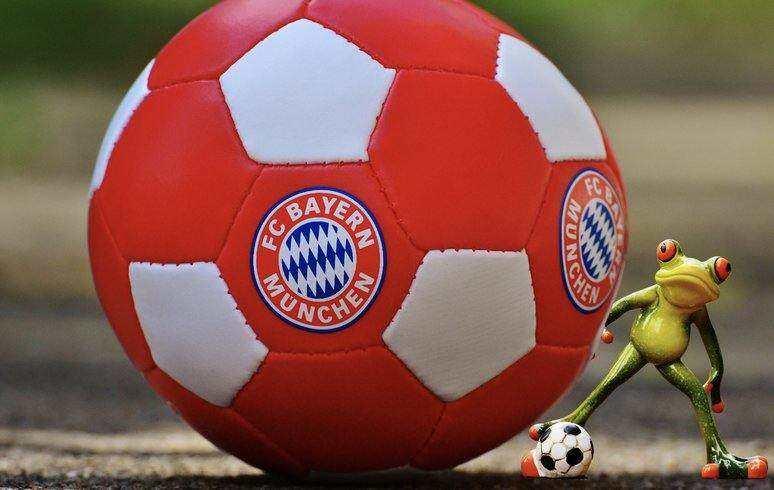 PSG v Bayern Munich Predictions
